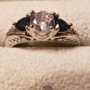 New Women's Blue Rhinestone Vintage Silver Ring